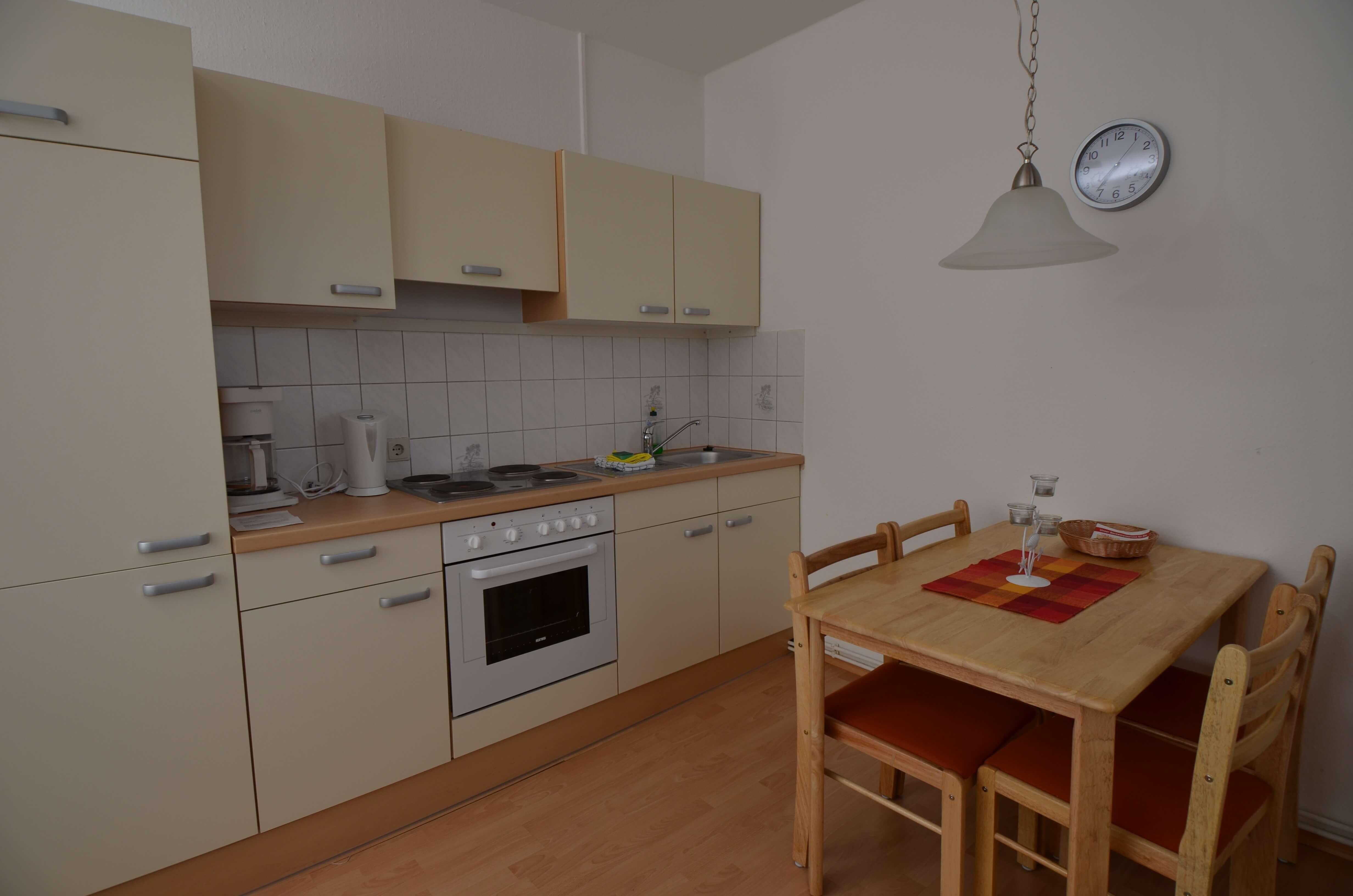 Apartment 11 4 personen apartmenthaus schleiblick for Kochen 4 personen